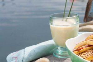 Frischer Birnen-Sanddorn-Cocktail