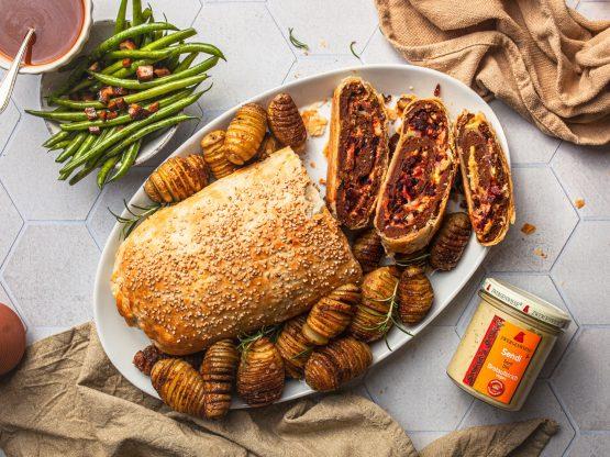 Seitanbraten mit grünen Bohnen und Hassleback-Kartoffeln