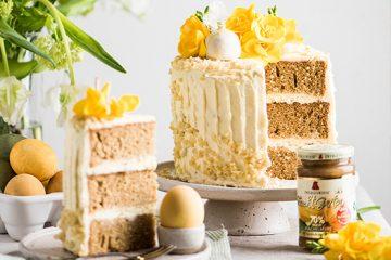 Naked Torte Ostern mit Blüten